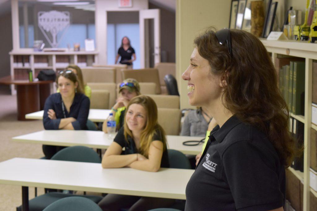 21 lab tour 1024x683 - Bartlett Women in Arboriculture