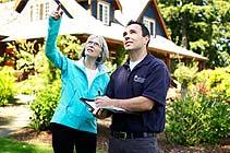bartlett arborist consultation with customer